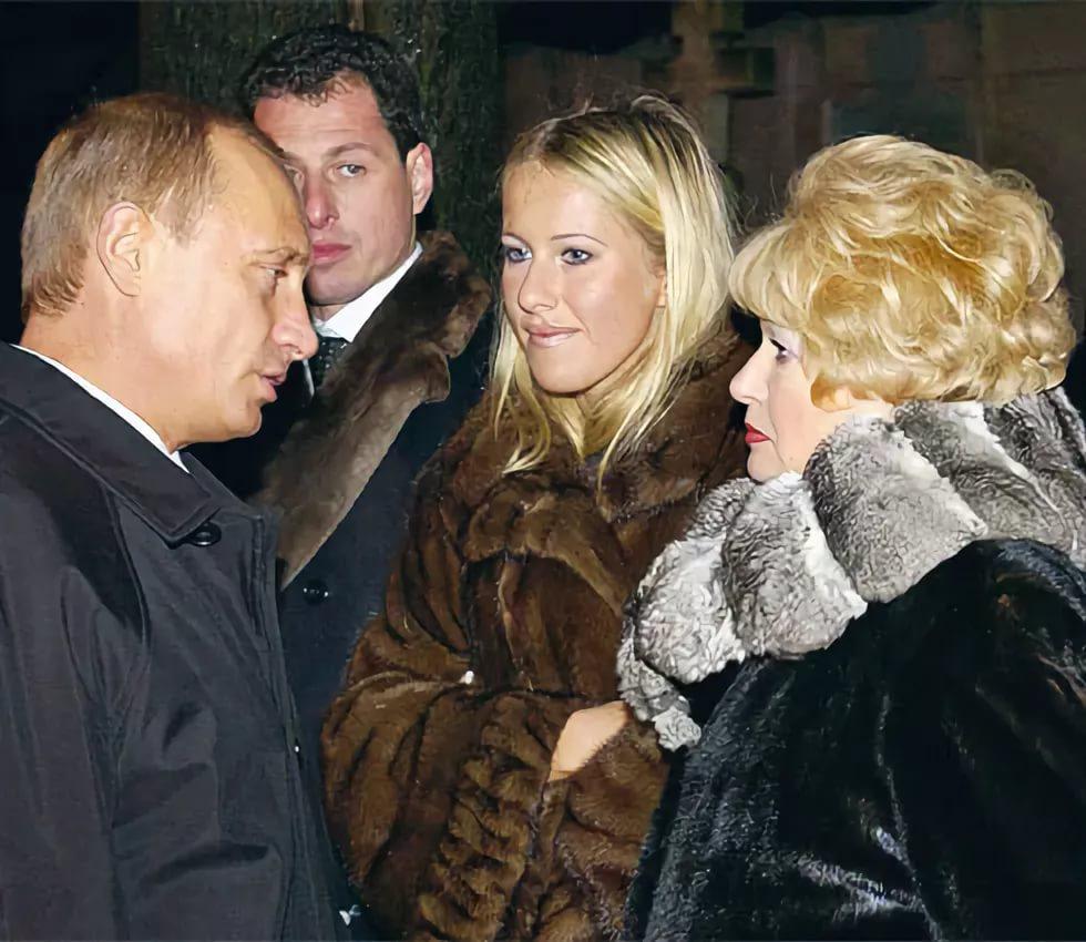 Зачем Путин двинул «крестниц…