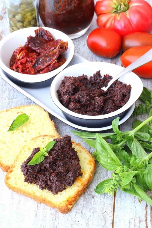 Паштет из вяленых помидоров с каперсами и оливками закуски,кулинария