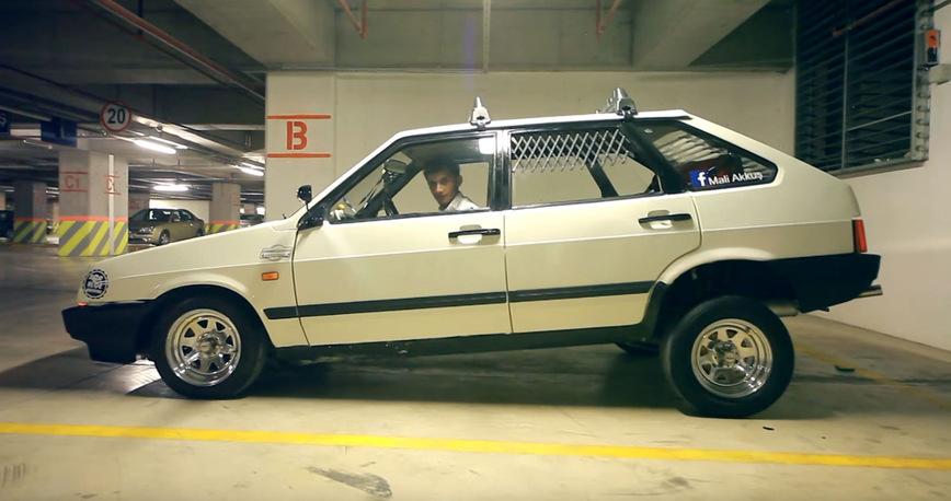 В Турции засняли уникальный ВАЗ-2109, оснащенный пневмоподвеской автосамоделки,ВАЗ-2109,Марки и модели,тюнинг