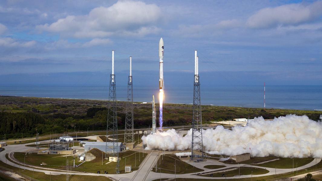 Молчаливый и таинственный: зачем США секретный космоплан X-37B