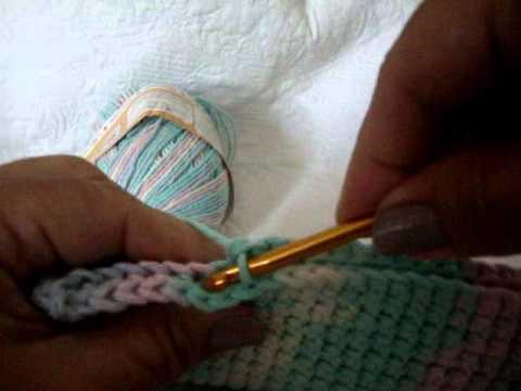 Необычная и интересная техника вязания плотного полотна крючком