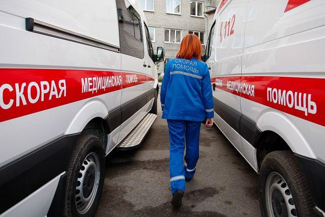 Пришла к нам работать Юленька, не пила, не курила, матом не ругалась, но в один день она всех удивила...