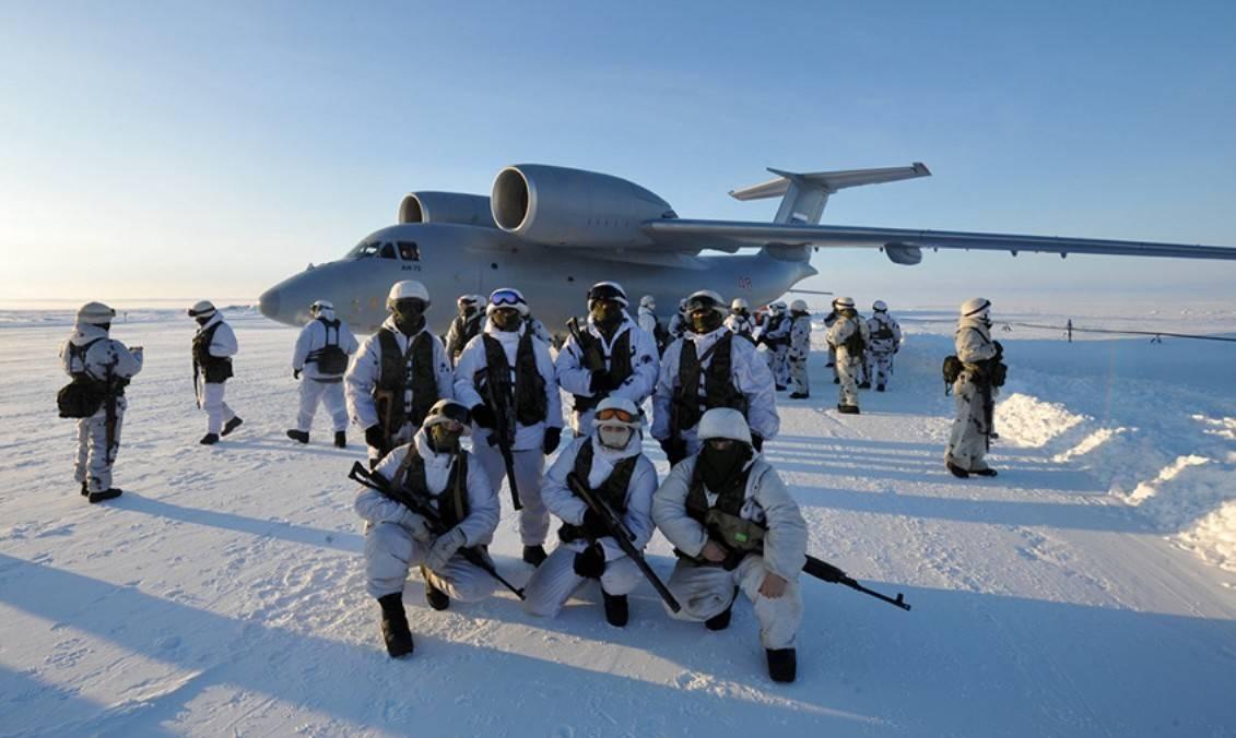 Российские военные в Арктики. Источник изображения: https://vk.com/denis_siniy