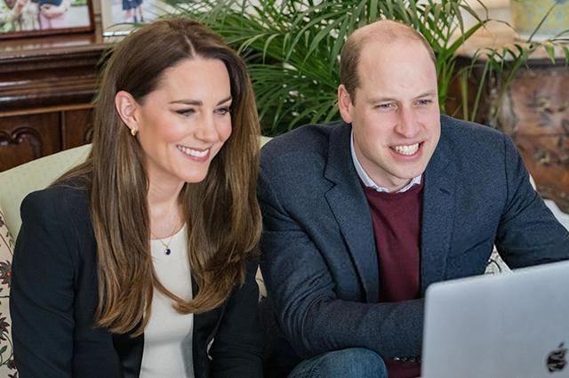 Кейт Миддлтон и принц Уильям провели видеовстречу со студентками медицинского университета