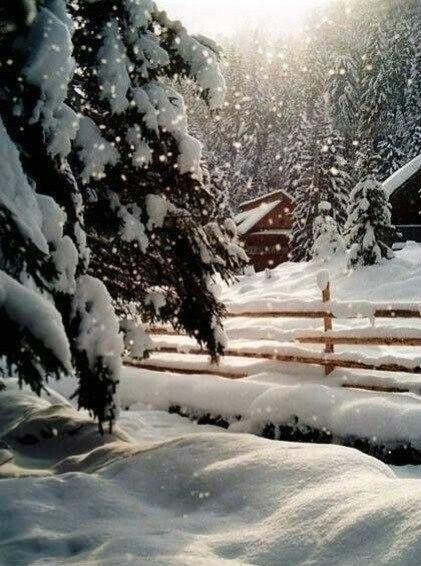 Пушистый снег.