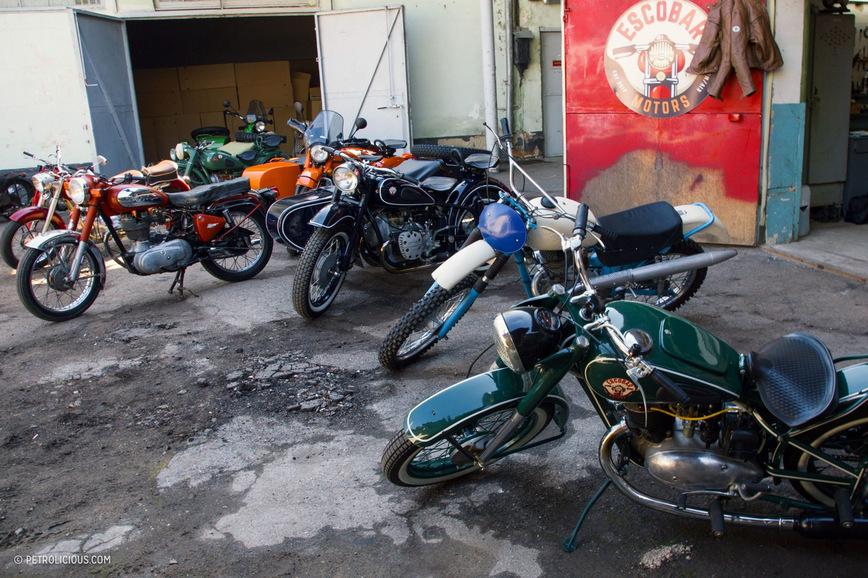 Врач из Молдавии собирает коллекцию советских мотоциклов