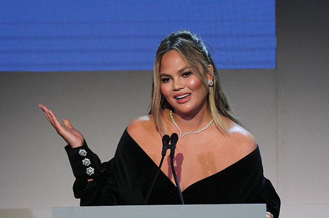 Даша Жукова, Крисси Тейген, Кара Делевинь и другие на премии Innovator Awards в Нью-Йорке красная дорожка, даша жукова, крисси тейген, кара делевинь