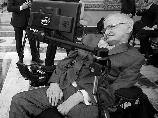 Выдающийся физик Стивен Хокинг умер на 77-м году жизни