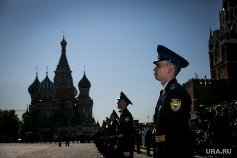 Почему россияне перестали бо…