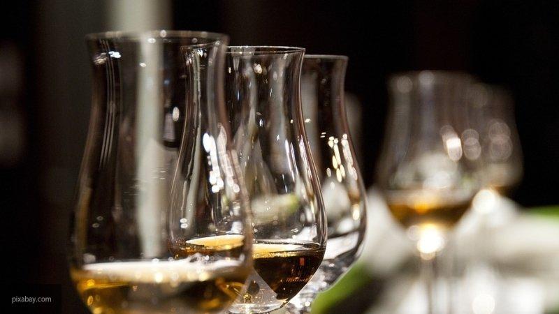 Мнения экспертов по поводу запрета на продажу алкоголя после 22:00 в России раздвоились