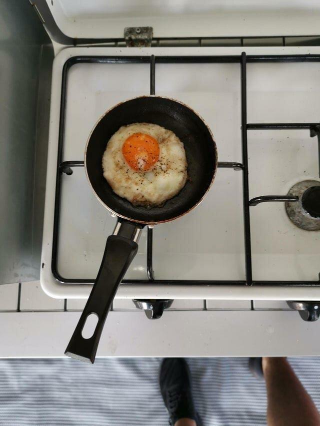 Эта маленькая сковорода сделана ровно для одного яйца в мире, вещи, подборка, познавательно, удивительно
