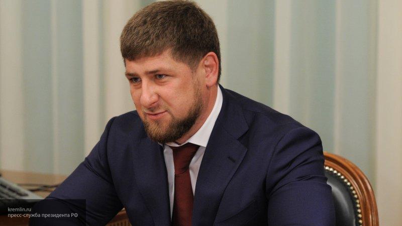 Терроризм в Сирии нельзя победить с помощью нерешительных мер, заявил Кадыров