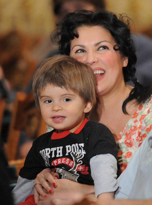 «Особенный» сын оперной дивы Анны Нетребко уже подросток celebrities,Анна Нетребко,бесплатно,звезда,концерт,наши звезды,певица,фильм,фото,шоубиz,шоубиз
