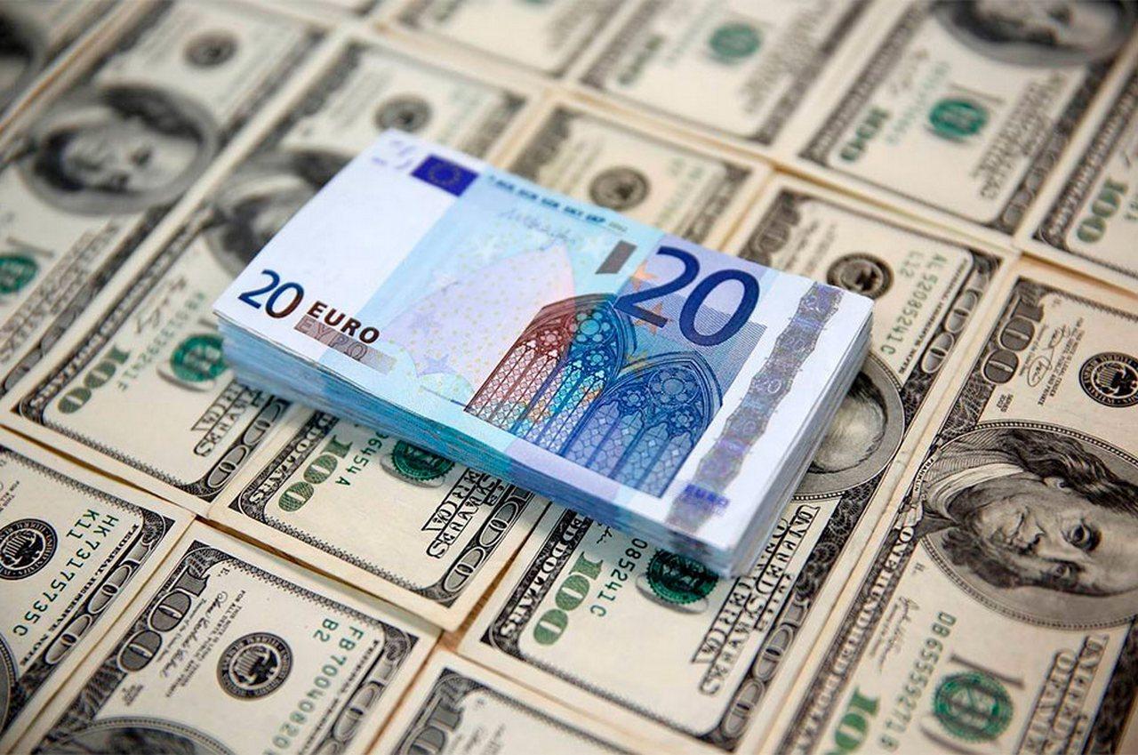 Бунт Европы: ЕС объявляет во…