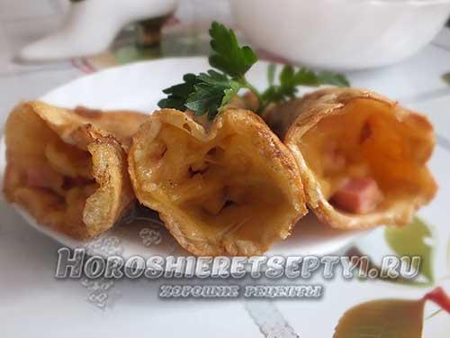 Трубочки с сыром из вафель