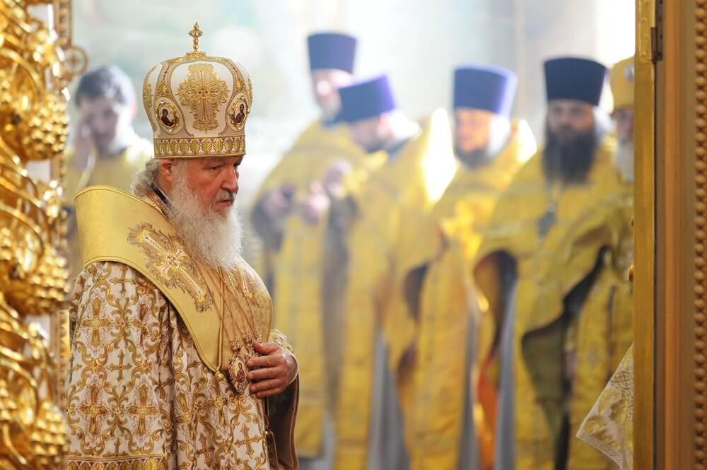 Путин рассказал, как в детстве его крестил отец Патриарха Кирилла