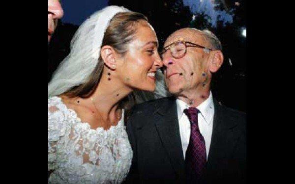 Кому и зачем нужен старый муж?