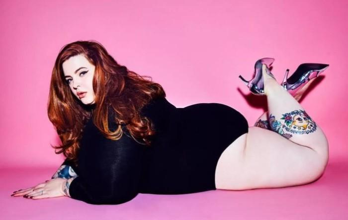 Вес Тесс Холидей более 130 кг. Это не мешает, а скорее помогает ей работать моделью.