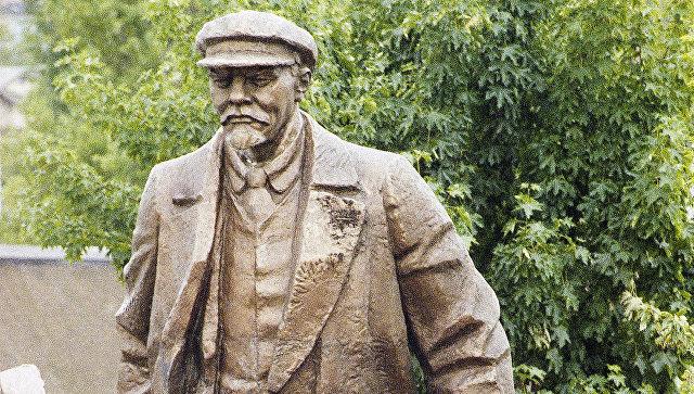 Мэр американского Сиэтла призвал убрать памятник Ленину