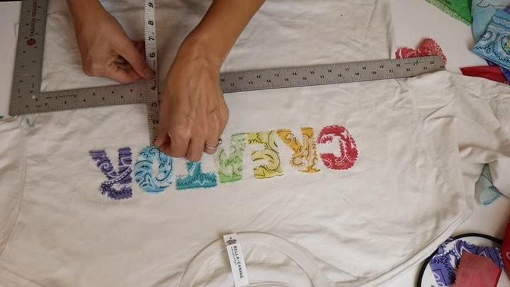 Отличный способ преобразить простенькую футболку буквы, помощью, футболку, любую, надписи, надпись, аппликации, изделии, сделать, ткани, могут, можно, текстиля, преобразить, можете, размер, такто, этого, лёгкая, ровной