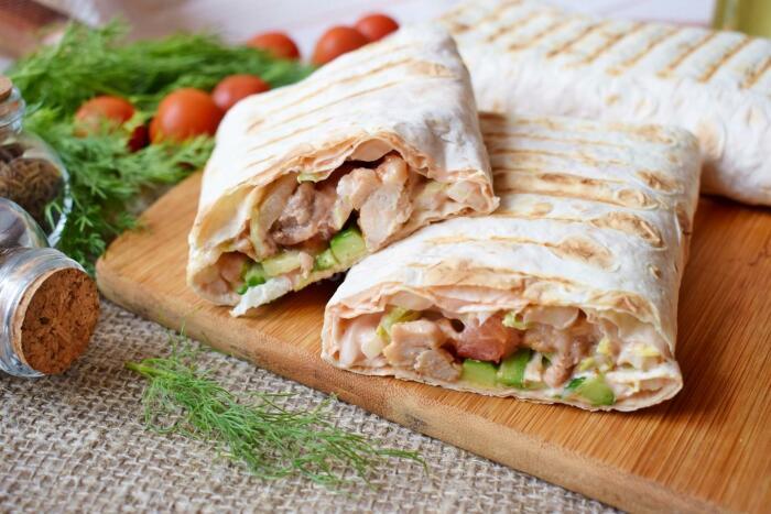 4 рецепта домашней шаурмы, которые понравятся и тем, кто не любит фаст-фуд Кулинария,рецепты