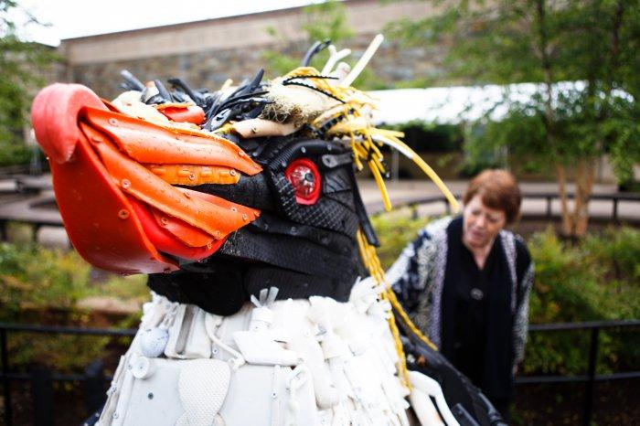Трэш-арт: пластиковый мусор для искусства