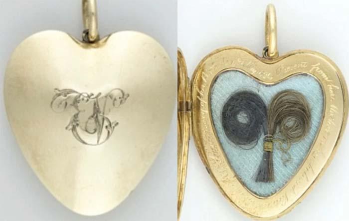 Медальон с прядями волос родителей королевы Виктории