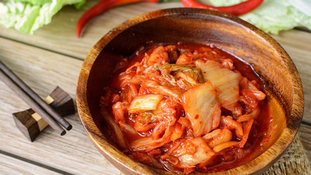 Закуска из капусты: вкусные рецепты, дополнительные ингредиенты и советы по приготовлению