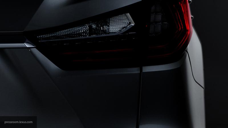 Названы цены на обновленный Lexus RX в России