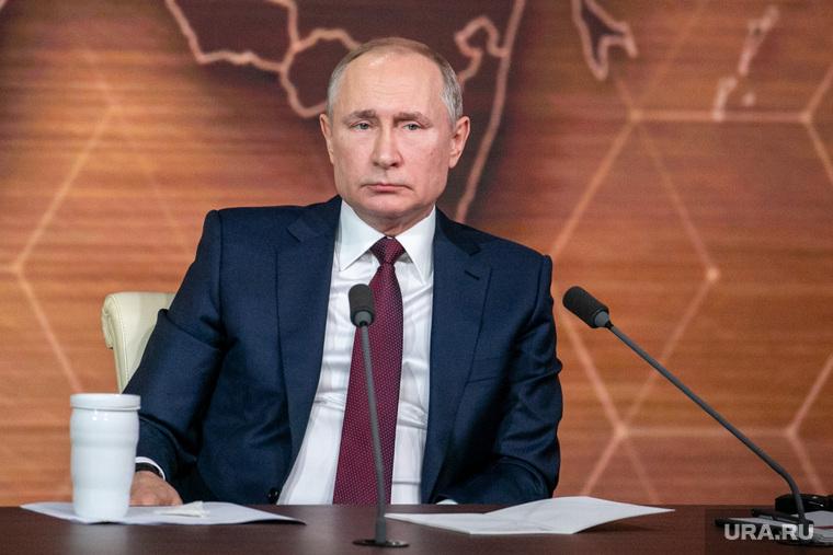 Невзоров: через год Путина не будет у власти