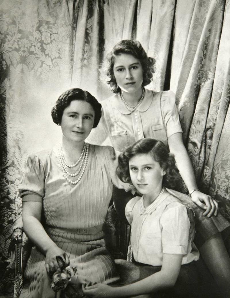 Жизнь в тени Елизаветы II: к…