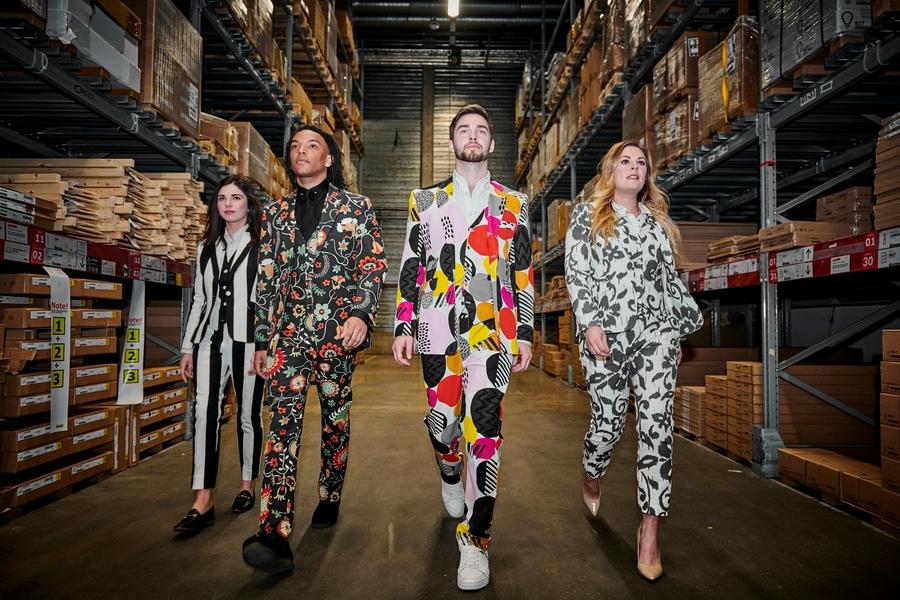 В тон диванам: Ikea представила линию костюмов из своих тканей