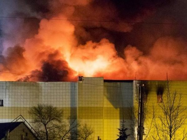 Пострадавшие при пожаре вКемерово дети бесплатно посетят Петербург