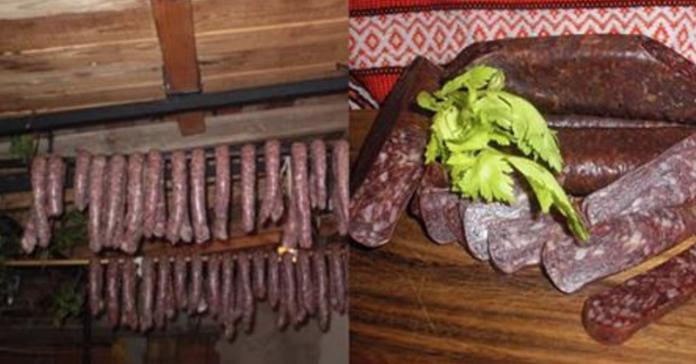 Научилась готовить колбасу дома и уже год не покупаю в магазине! Никаких добавок, всё натуральное