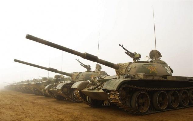 Китай показал советские беспилотные танки