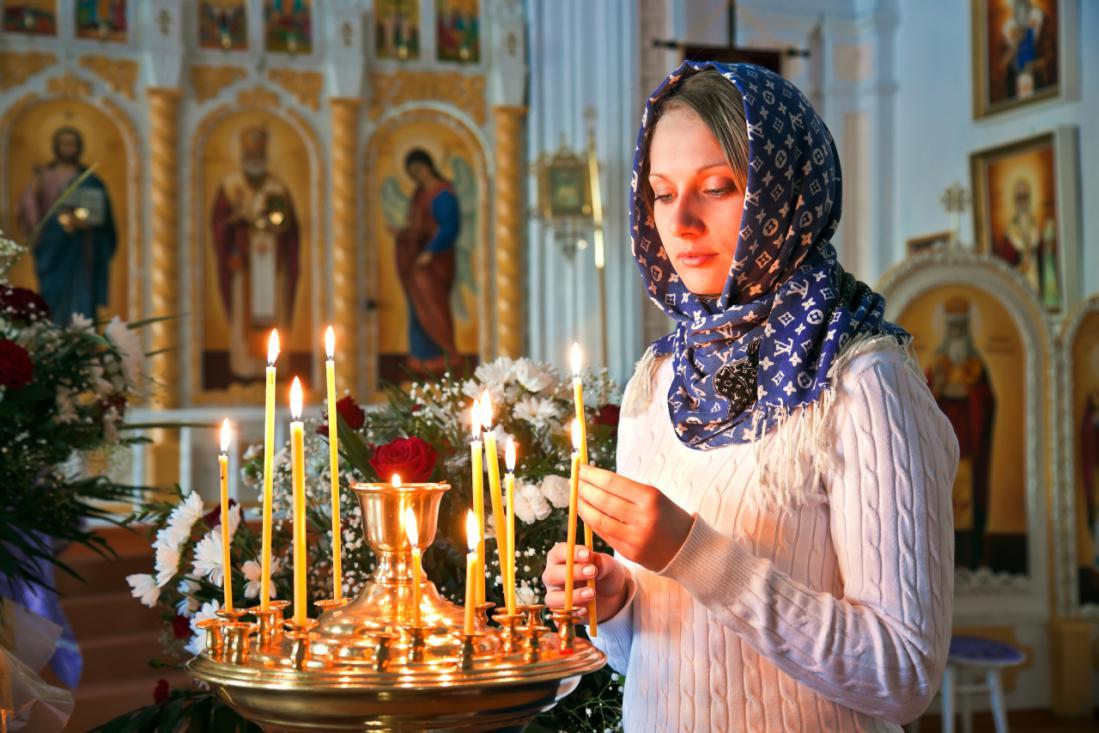 Если упала свеча в церкви  и другие приметы с точки зрения священнослужителей
