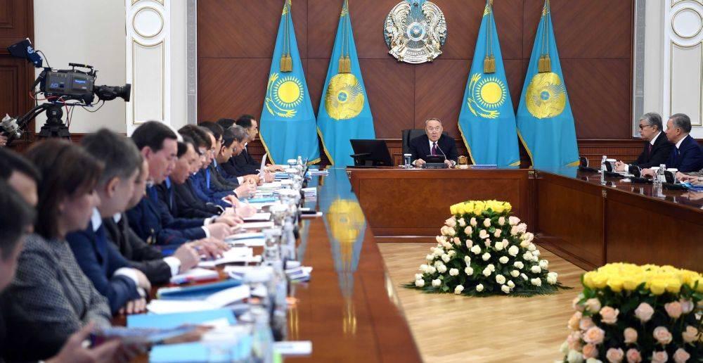 Правительство Казахстана отп…