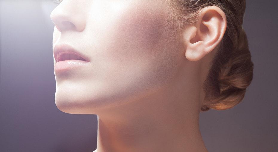 7 повседневных привычек, которые делаю нашу кожу сухой и поврежденной