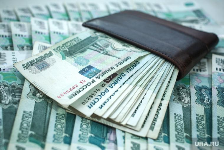 Депутат Госдумы требует поднять МРОТ до 60 тысяч рублей