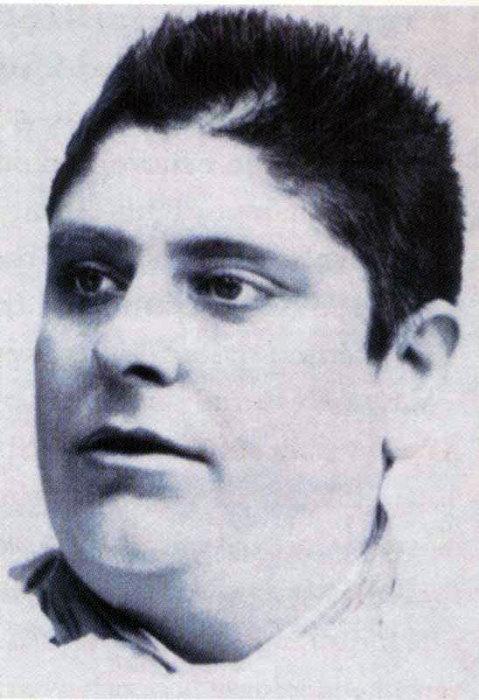 Почему бушевали споры вокруг певца-кастрата Морески - единственного скопца, чей голос записан для потомков интересное,история,культура,певцы