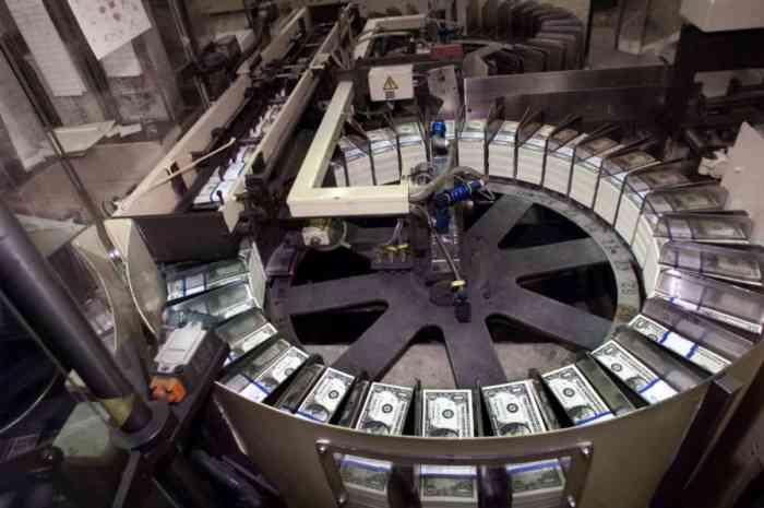 Хроники финансового кризиса:…