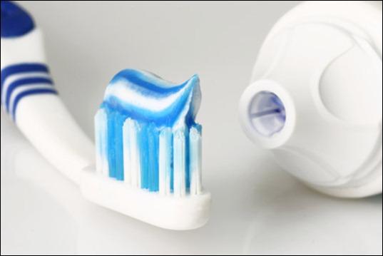 УЗЕЛОК НА ПАМЯТЬ. Выбираем зубную пасту