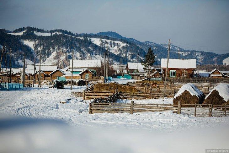 Там, где нет сотовой связи, лично я завидую белой завистью Дмитрий Чистопрудов, село Укыр, фоторепортаж
