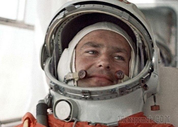 После Гагарина: в чём оказался первым на орбите второй космонавт планеты Герман Титов