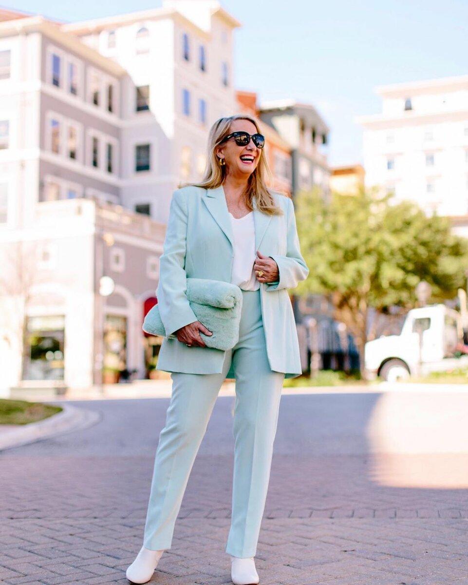 2 нежных цвета, которые по мнению Vogue скоро будут на пике моды