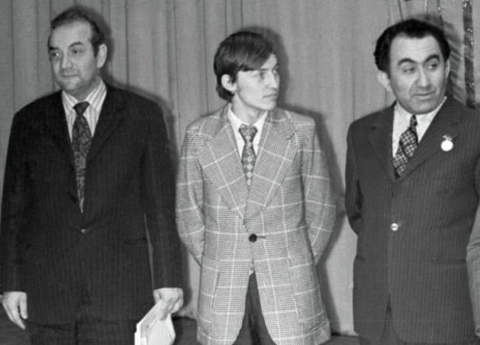 Известные советские шахматисты Виктор Корчной, Анатолий Карпов и Тигран Петросян   Фото: dobrocom.info