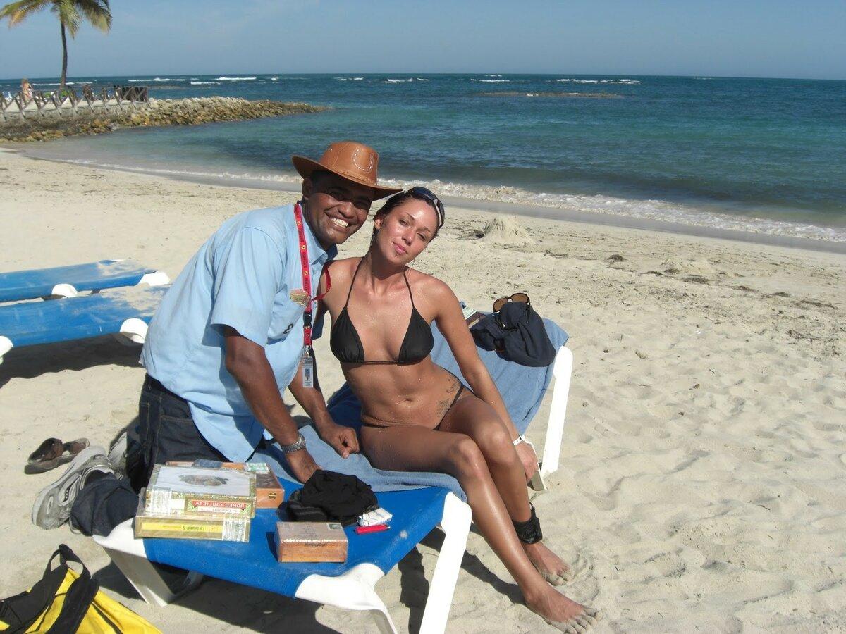 для начальной фото муж с женой на море уже такое
