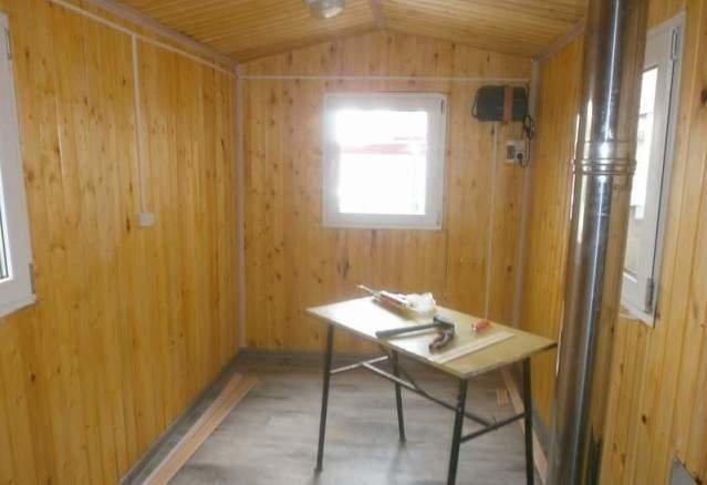 Мужчина построил дом на колесах, для отдыха около озера автомобили, дом на колесах, воронеж, бобров