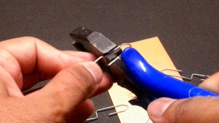 Зарядное устройство для литий-ионных аккумуляторов