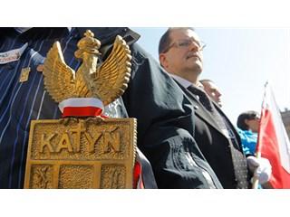 Метания Варшавы. В Польше готовят пляску на костях в Смоленске геополитика